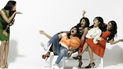 টিভি সিরিজ 'সুপারগার্লস'