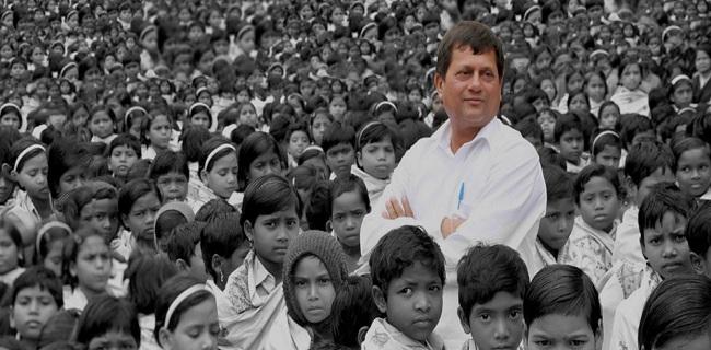 ড্যাফোডিল বিশ্ববিদ্যালয়ের সেমিনারে আসছেন ড. অচ্ছুত সামন্ত